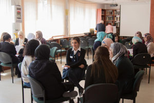 Group discussions at the alumnae association meeting